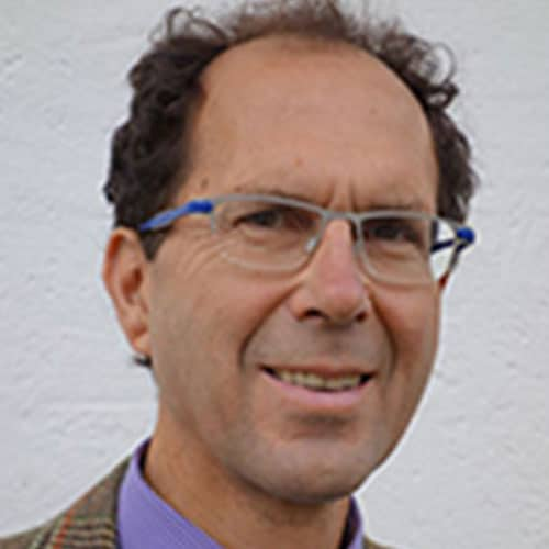 Portrait Dr. John Switzer